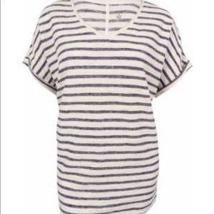 Venus stripe t-shirt.